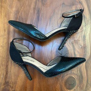 Sam & Libby Spike Heels Pointed Ankle Strap 9.5